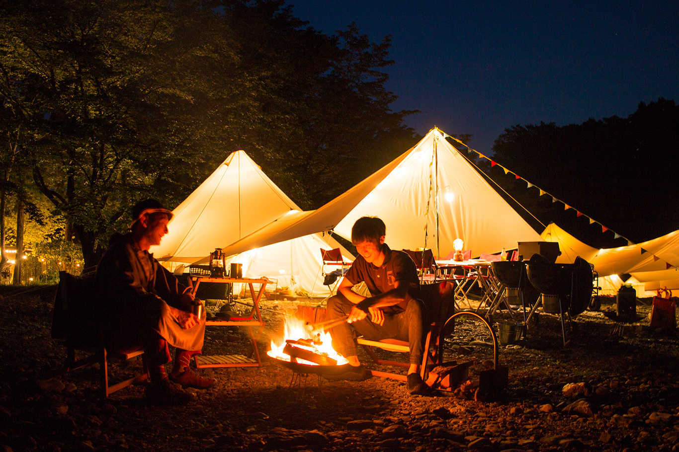 リバーサイドキャンプときがわ グランピングテント 画像