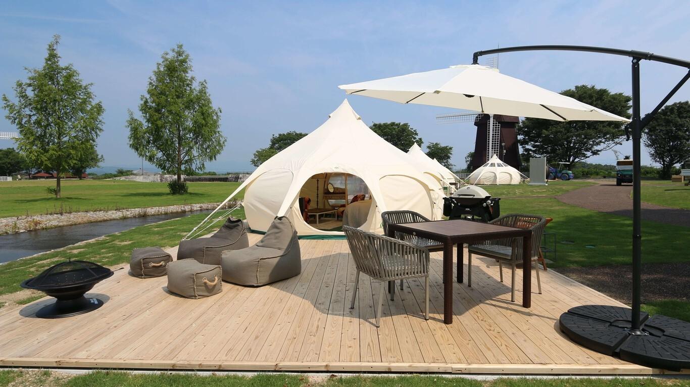 宿泊テント 画像