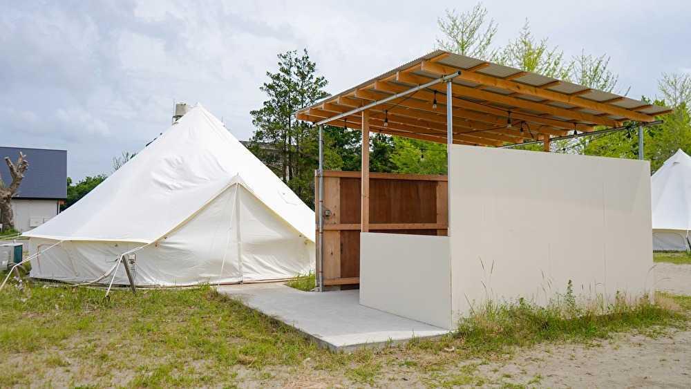 平日はなっぷがお得!【部屋食】グランピング自然感じるベル型テント・シングルベッド4つ 画像