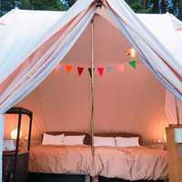 宿泊テント