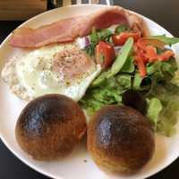 サービスの朝食